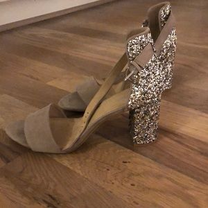 I'm selling old navy sparkle heels